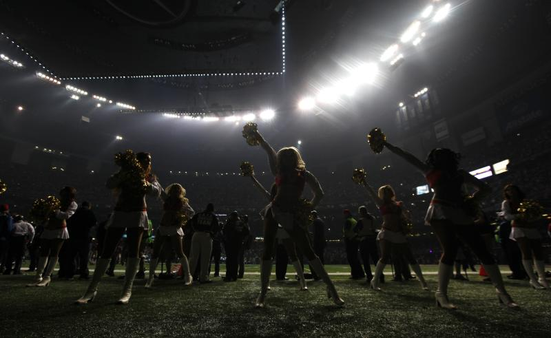 Mayor defends New Orleans after Super Bowl outage