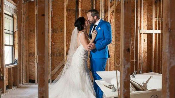 PHOTO: Shellie Schoellkopf and Robert Callaway, both 33, decided to donate the money they were going to use for their wedding reception to people affected by Hurricane Harvey. (Beautyinart.com)