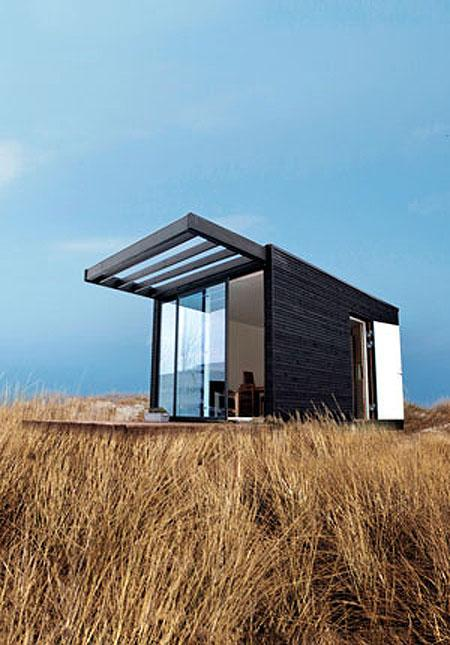 The ONE  mini house outside Stockholm (Photo: Courtesy of Johan Robach)