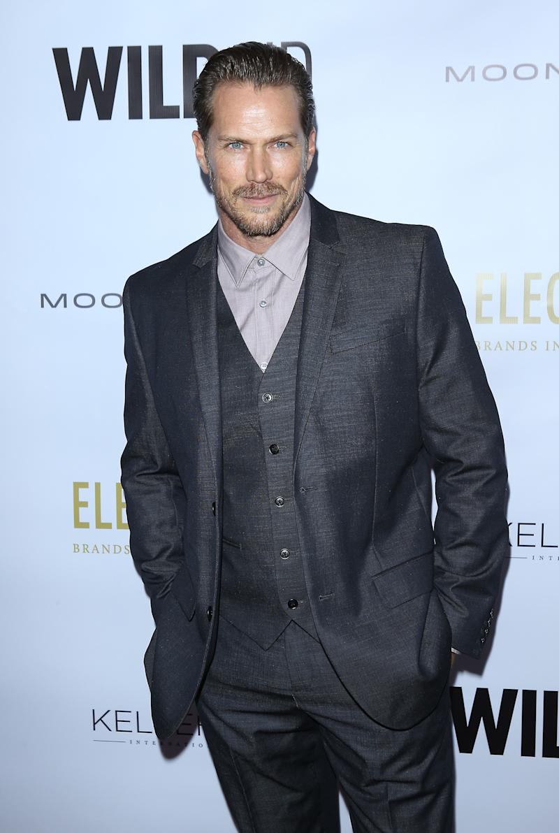 "US actor Jason Lewis arrives for the 2019 WildAid Gala ""A Night in Africa"" at the Beverly Wilshire Four Seasons hotel in Beverly Hills on November 9, 2019. - WildAid is a global conservation organization leading the fight to end the illegal wildlife trade. (Photo by Michael Tran / AFP) (Photo by MICHAEL TRAN/AFP via Getty Images)"