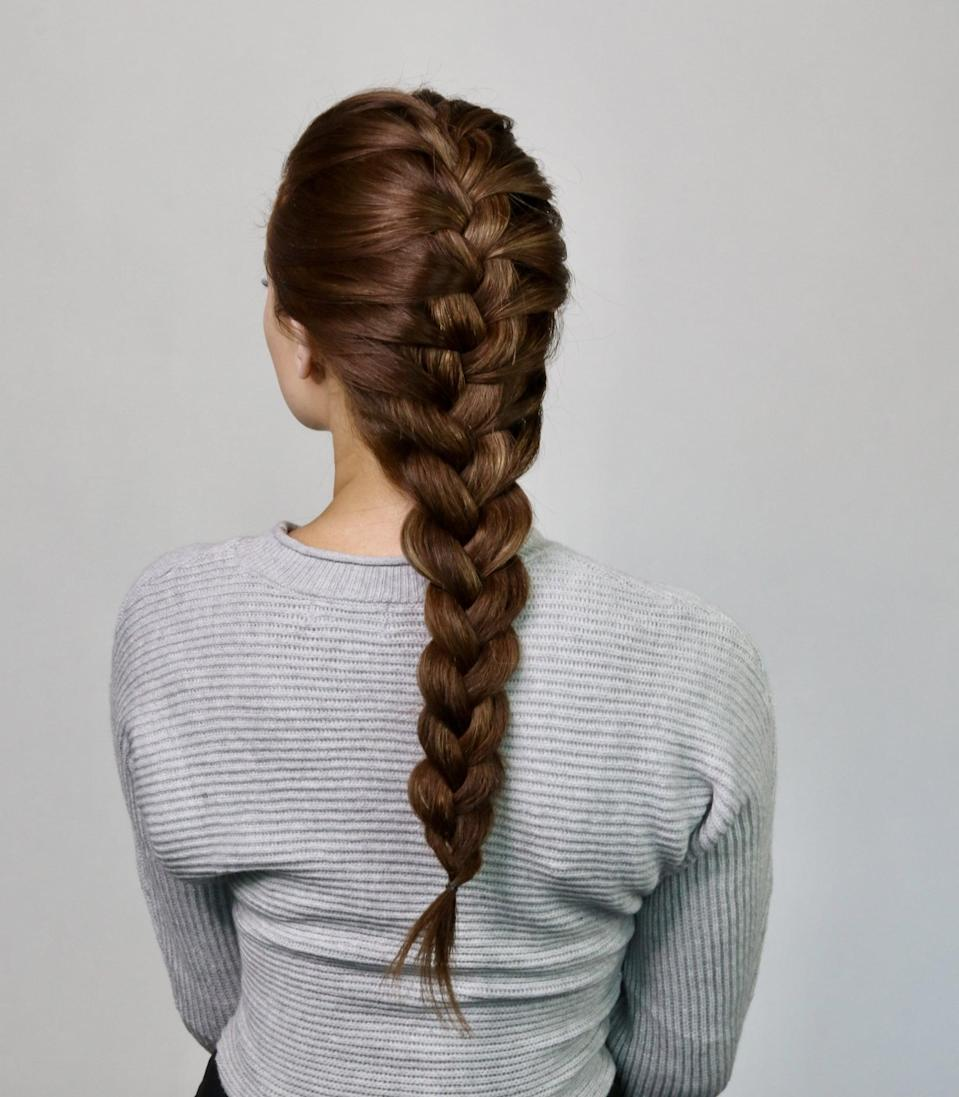 <p>There you have it: the easiest french-braid hairstyle - in just a few steps.</p>