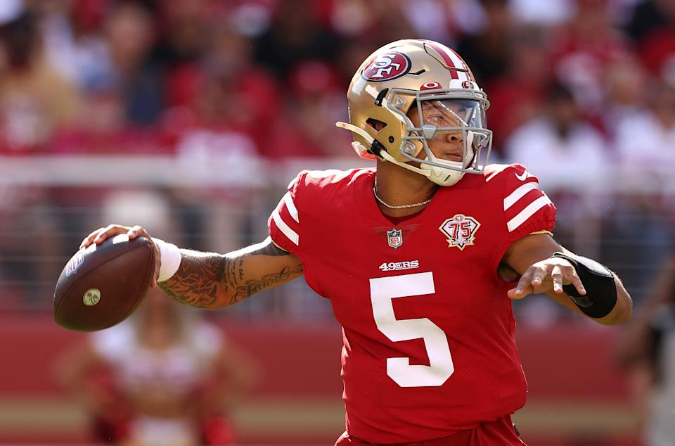 SANTA CLARA, CALIFORNIA - OCTOBER 03: Trey Lance #5 of the San Francisco 49ers passes the ball during the second half against the Seattle Seahawks at Levi's Stadium on October 03, 2021 in Santa Clara, California. (Photo by Ezra Shaw/Getty Images)