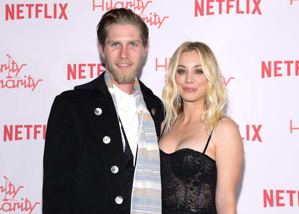 Karl Cook and actress Kaley Cuoco attend Seth Rogen's Hilarity For Charity at Hollywood Palladium on March 24, 2018 in Los Angeles, California. / AFP PHOTO / TARA ZIEMBA        (Photo credit should read TARA ZIEMBA/AFP via Getty Images)