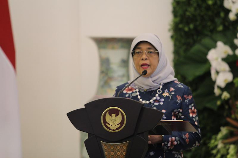 BOGOR, INDONESIA - FEBRUARY 04: Singaporean President Halimah binti Yacob with Indonesian President Joko Widodo (not seen) hold a press conference after their meeting at Bogor Presidential Palace in Bogor, West Java, Indonesia on February 04, 2020. (Photo by Surya Fachrızal Aprianus/Anadolu Agency via Getty Images)