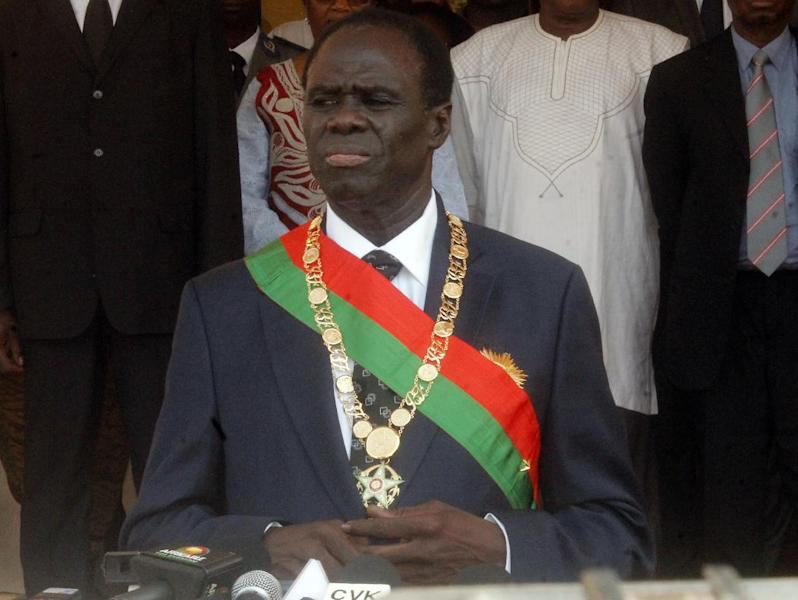 Veteran diplomat Michel Kafando attends his swearing-in ceremony as Burkina Faso's interim president to oversee a one-year transition back to civilian rule in the west African country on November 18, 2014 (AFP Photo/-)