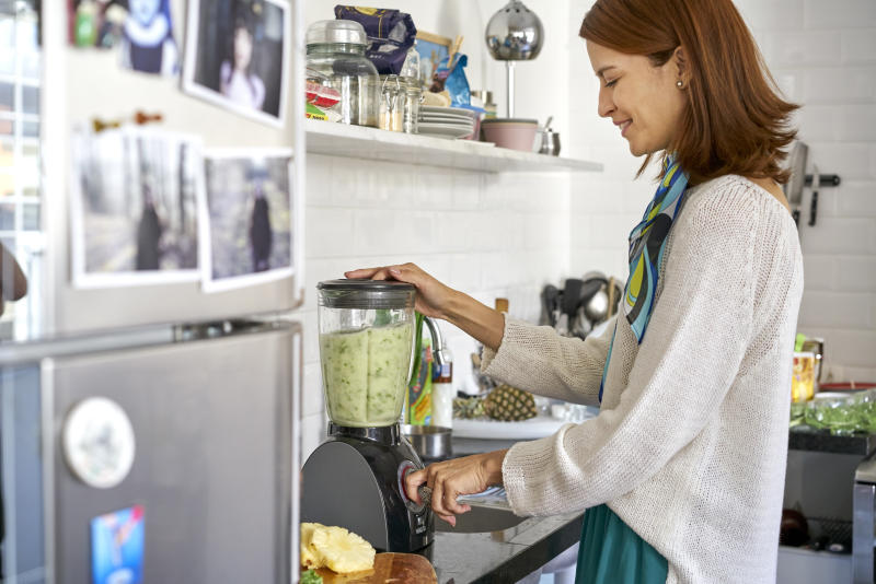 Get the power of a $350 blender by spending 1/7 of the price. (Photo: Getty)