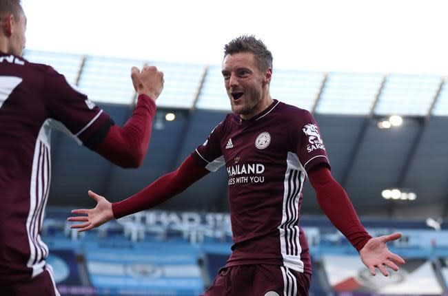 Vardy scores 3, Leicester stuns Man City in wild 5-2 EPL win