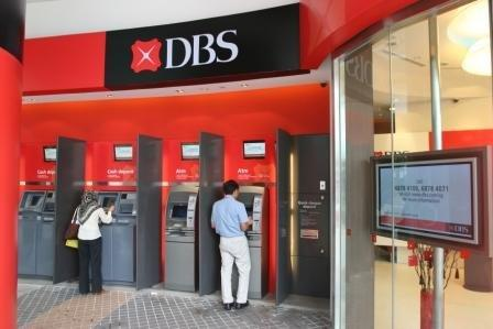 Singapore banks on track to post 6-8% earnings growth in FY12