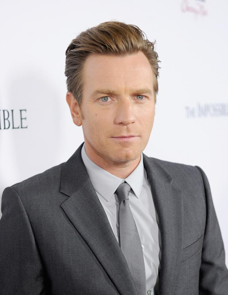 "HOLLYWOOD, CA - DECEMBER 10:  Actor Ewan McGregor attends the Los Angeles premiere of Summit Entertainment's ""The Impossible"" at ArcLight Cinemas Cinerama Dome on December 10, 2012 in Hollywood, California.  (Photo by Jason Merritt/Getty Images)"