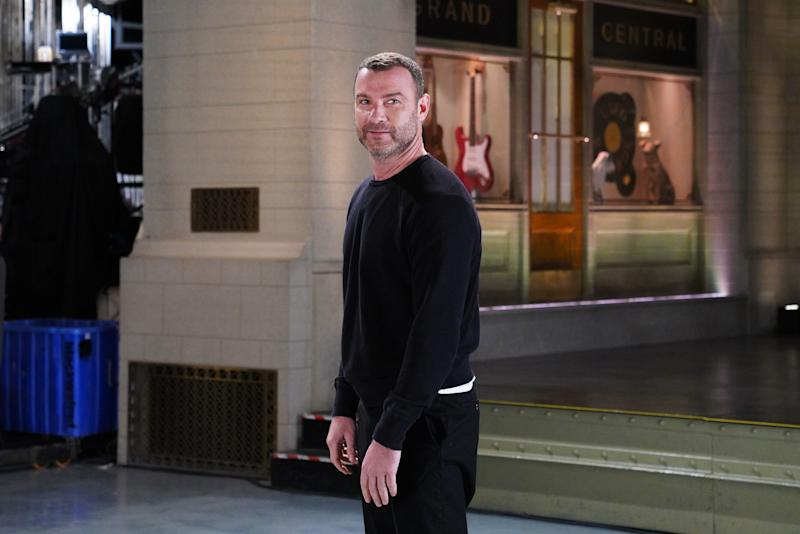 9ac24f244b5 Liev Schreiber Uses  Saturday Night Live  Monologue to Thank Americans for Record  Voter Turnout