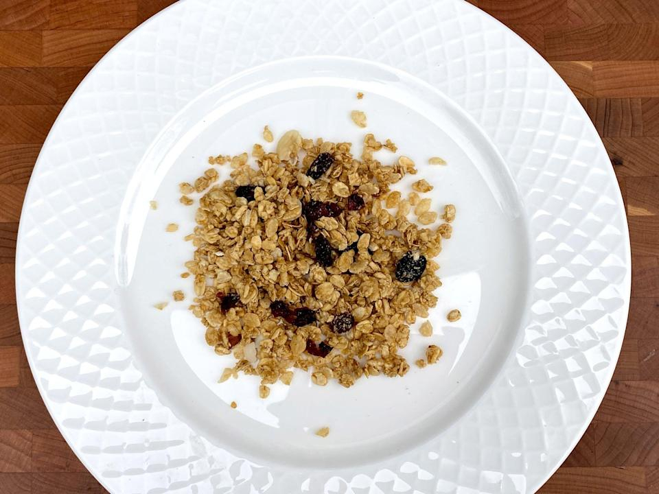 <p>2/5 cup of fruit and nut granola</p>