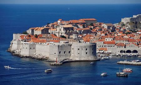 FILE PHOTO: A general view of Croatia's UNESCO protected medieval town of Dubrovnik August 28, 2012.   REUTERS/Marko Djurica/File Photo /File Photo