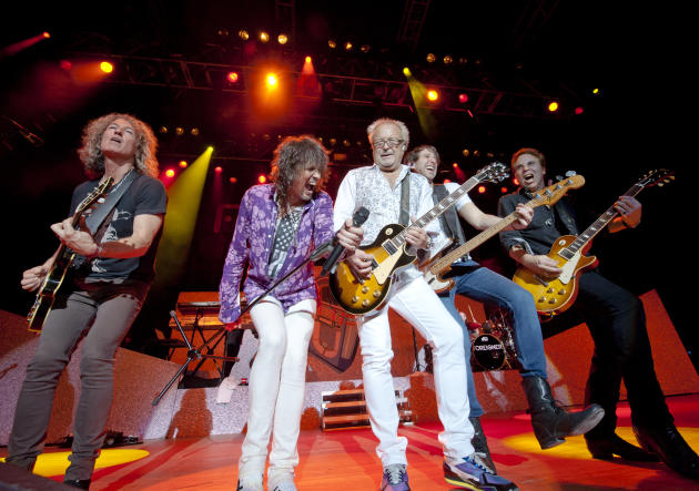Image result for FOREIGNER BAND LIVE