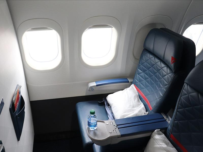 Delta Elite Status Day Trip - Delta First Class seat