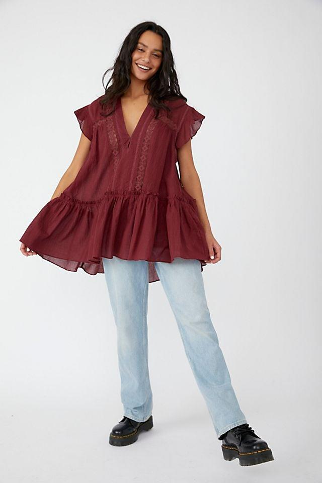 """<br><br><strong>Free People</strong> Baby Blues Tunic, $, available at <a href=""""https://go.skimresources.com/?id=30283X879131&url=https%3A%2F%2Fwww.freepeople.com%2Fshop%2Fbaby-blues-tunic%2F"""" rel=""""nofollow noopener"""" target=""""_blank"""" data-ylk=""""slk:Free People"""" class=""""link rapid-noclick-resp"""">Free People</a>"""