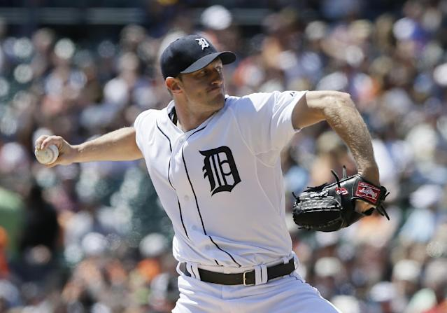 Detroit Tigers starting pitcher Max Scherzer throws during the first inning of a baseball game against the Minnesota Twins in Detroit, Saturday, May 10, 2014. (AP Photo/Carlos Osorio)