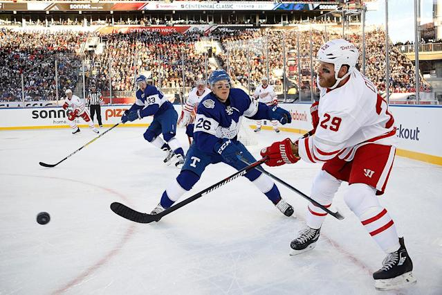 <p>Game action at the Centennial Classic. (Getty) </p>