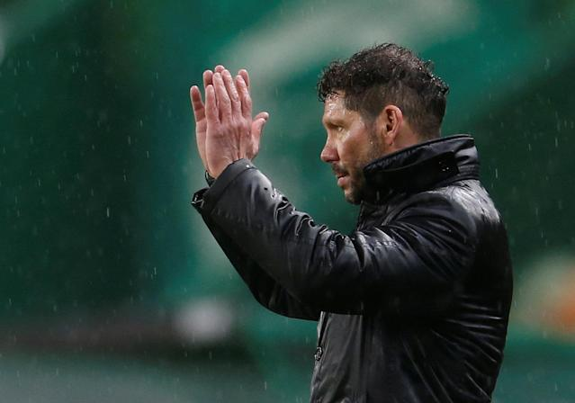 Soccer Football - Europa League Quarter Final Second Leg - Sporting CP v Atletico Madrid - Estadio Jose Alvalade, Lisbon, Portugal - April 12, 2018 Atletico Madrid coach Diego Simeone reacts REUTERS/Pedro Nunes