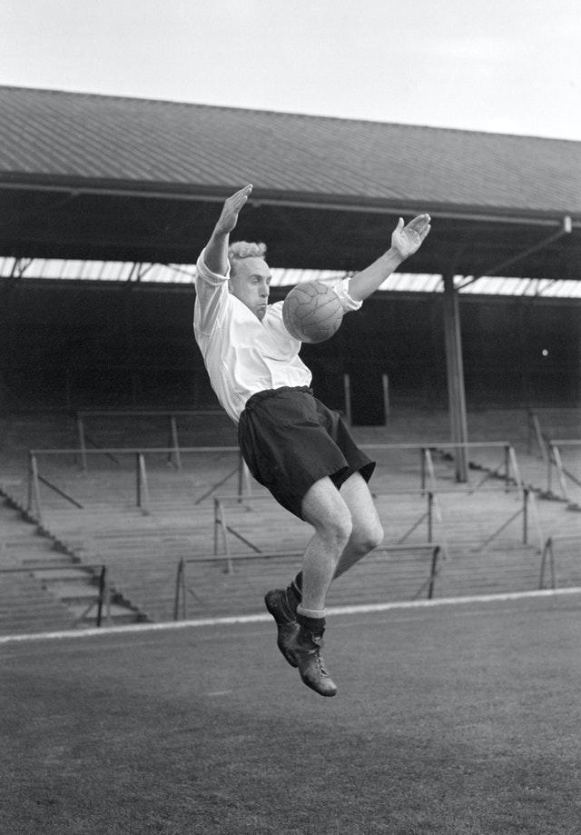 England skipper Billy Wright and his team-mates could not keep Ireland out