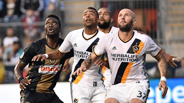 CJ Sapong Ashley Cole MLS Union Galaxy 05112016