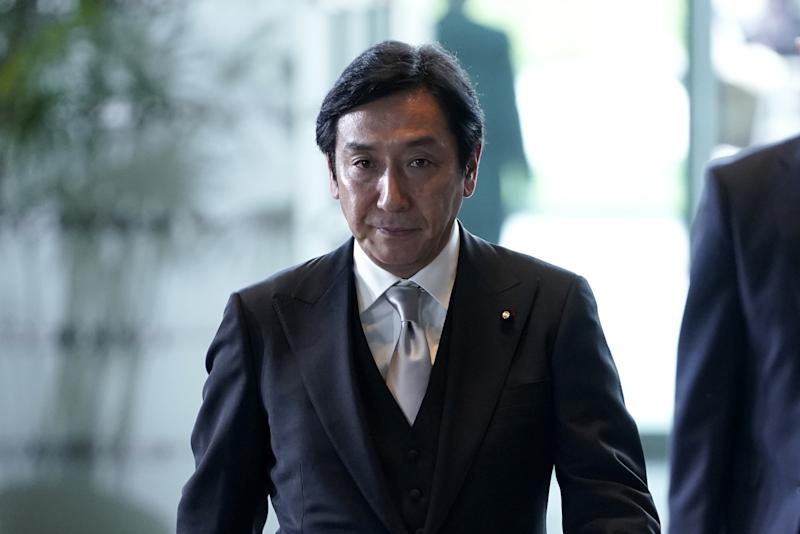 Japan's Abe Replaces Economy Minister After Funeral Gift Scandal