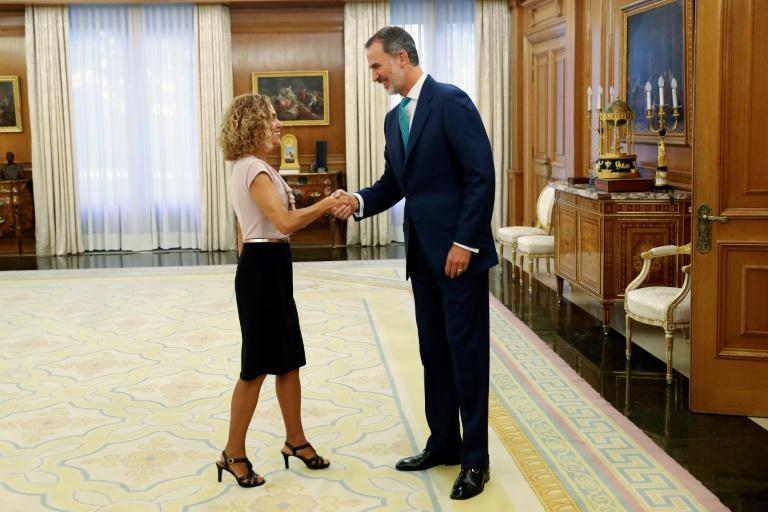 When King Felipe VI met with parliamentary speaker Meritxell Batet, he told her he would hold talks with party leaders early next week to try and break the deadlock (AFP Photo/Chema Moya)