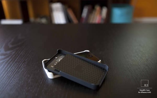 This iPhone Case Holds RFID Cards, So You Don't Have To