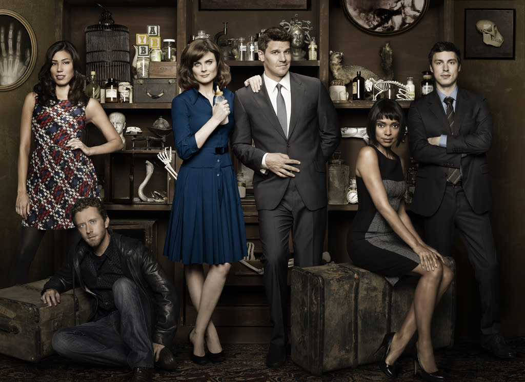 "<b>""Bones""</b><br><br>Monday, 5/14 at 8 PM on Fox<br><br><a href=""http://yhoo.it/IHaVpe"">More on Upcoming Finales </a>"