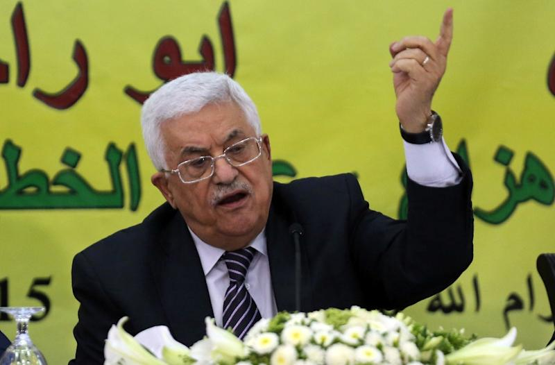 Palestinian Authority President Mahmud Abbas speaks during a meeting with the Revolutionary Council of his ruling Fatah party, in the West Bank city of Ramallah, on June 16, 2015 (AFP Photo/Abbas Momani)