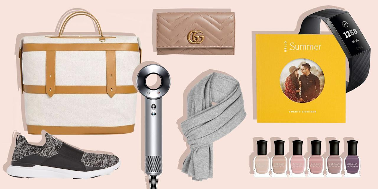 <p>Show your amazing wife just how much she means to you! Although it might be impossible to put into words, these gift ideas are a great place to start, and they're guaranteed to put a smile on her face. </p>