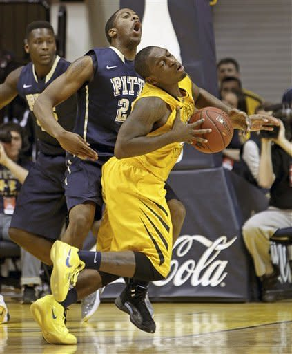 Woodall leads Pittsburgh past West Virginia 72-66