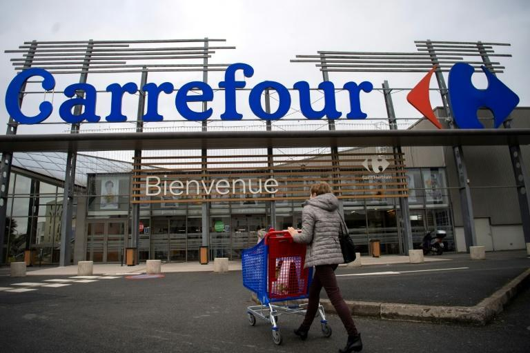 The French government didn't welcome a Canadian company putting out feelers for Carrefour