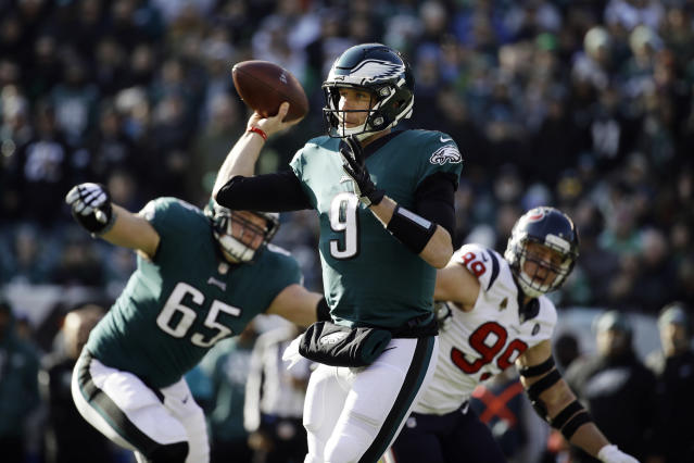 Philadelphia Eagles' Nick Foles passes during the first half of an NFL football game against the Houston Texans, Sunday, Dec. 23, 2018, in Philadelphia. (AP Photo/Matt Rourke)