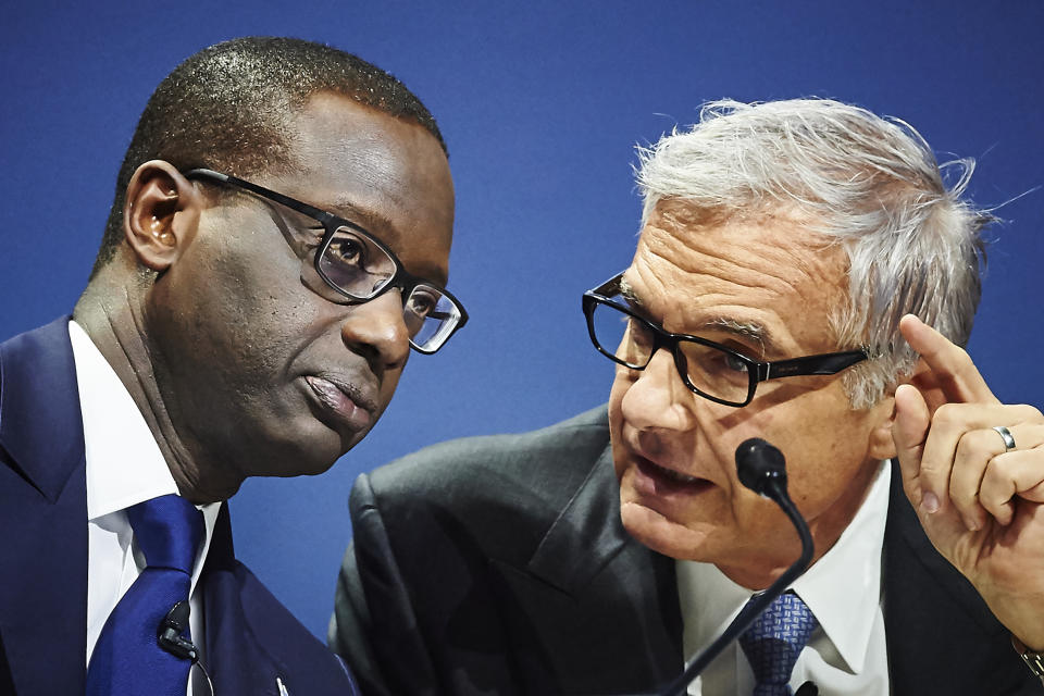 Credit Suisse CEO Tidjane Thiam (L) and chairman Urs Rohner attend the annual shareholders' meeting of the Swiss banking group on April 28, 2017 in Zurich. / AFP PHOTO / Michael Buholzer        (Photo credit should read MICHAEL BUHOLZER/AFP via Getty Images)