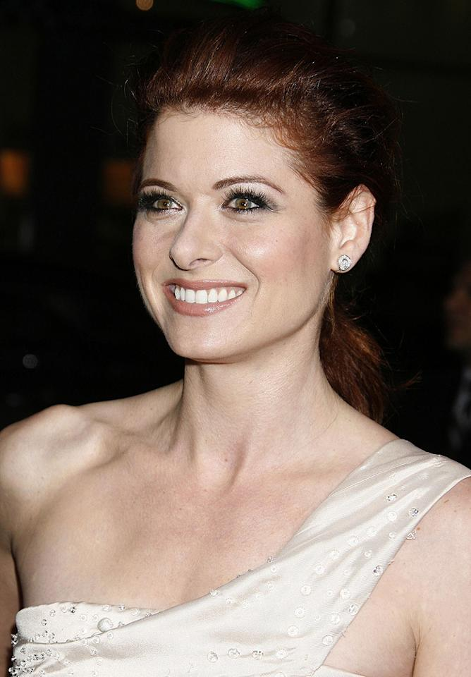 "<a href=""http://movies.yahoo.com/movie/contributor/1802866877"">Debra Messing</a> at the Los Angeles premiere of <a href=""http://movies.yahoo.com/movie/1809991685/info"">Nothing Like the Holidays</a> - 12/03/2008"