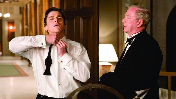 En 2005, Michael Caine interpretó por primera vez a Alfred Pennyworth, el mayordomo de Bruce Wayne / Batman (Christian Bale). (Imagen: David James © 2004 Warner Bros. Ent. All Rights Reserved)