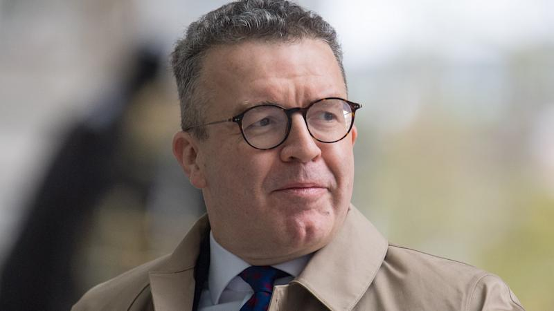 Tom Watson quits as Labour deputy leader
