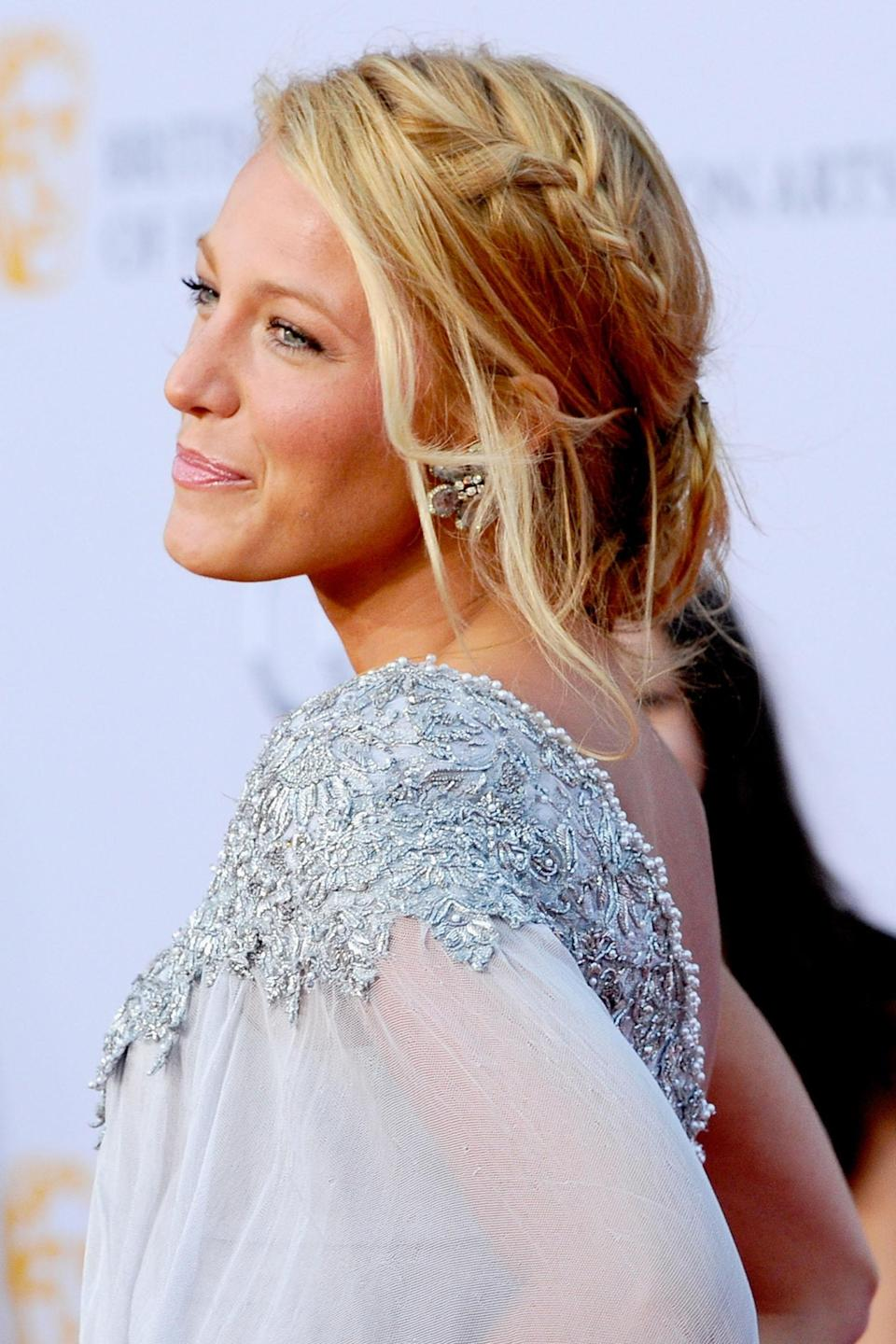"<h3>Blake Lively</h3> <br>If there's one celeb who <em>loves </em>a French braid, it's <a href=""https://www.refinery29.com/en-us/2018/09/209954/blake-lively-hair-products"" rel=""nofollow noopener"" target=""_blank"" data-ylk=""slk:Blake Lively"" class=""link rapid-noclick-resp"">Blake Lively</a>. She's worn them every which way, but here she shows how to weave one into a <a href=""https://www.refinery29.com/en-us/messy-updos"" rel=""nofollow noopener"" target=""_blank"" data-ylk=""slk:messy low bun"" class=""link rapid-noclick-resp"">messy low bun</a>, a summer-perfect style to wear to any occasion — even if this summer, it's just a long walk around the block.<span class=""copyright"">Photo: Kevork Djansezian/Getty Images. </span><br>"