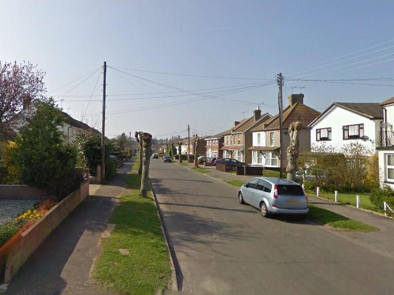 Rayleigh stabbing: Off-duty police officer seriously injured in 'targeted attack'