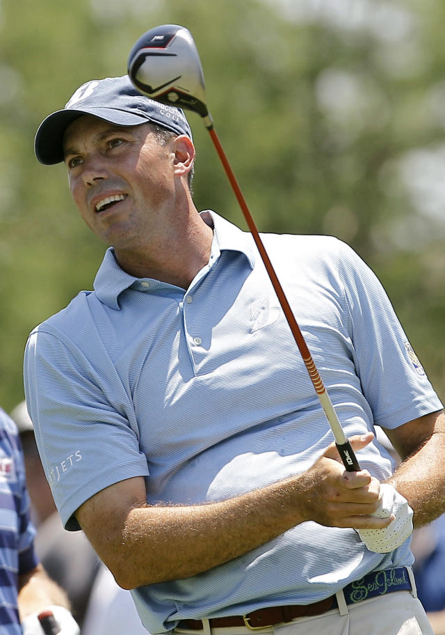 Matt Kuchar watches his shot from the third tee during the first round of the Byron Nelson Golf Championship tournament, Thursday, May 17, 2012, in Irving, Texas. (AP Photo/Brandon Wade)