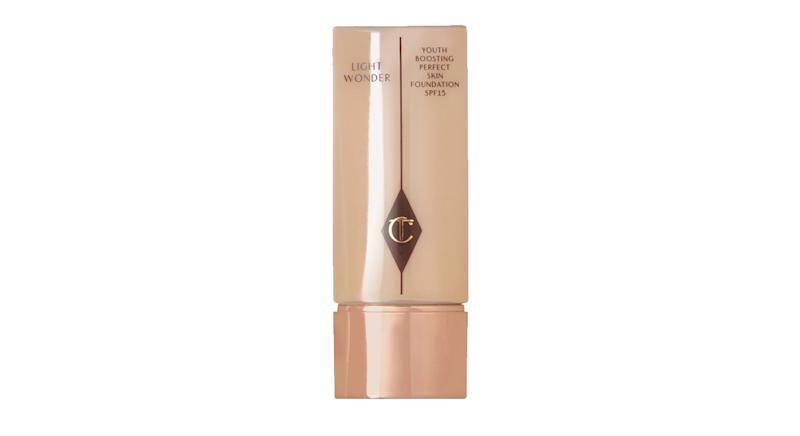Charlotte Tilbury Light Wonder Youth-Boosting Foundation SPF15