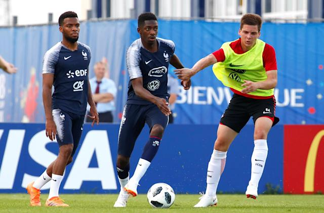 Soccer Football - World Cup - France Training - France Training Camp, Moscow, Russia - June 22, 2018 France's Thomas Lemar and Ousmane Dembele during training REUTERS/Axel Schmidt