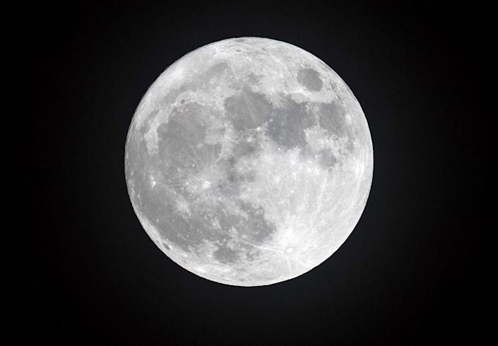 """<p>That's right, some people think the moon doesn't exist. This conspiracy theory has gained particular traction with flat-Earthers, and they think <a href=""""https://www.popularmechanics.com/culture/g29365567/conspiracy-theories/?"""" rel=""""nofollow noopener"""" target=""""_blank"""" data-ylk=""""slk:the moon is simply a projection"""" class=""""link rapid-noclick-resp"""">the moon is simply a projection</a>. </p>"""