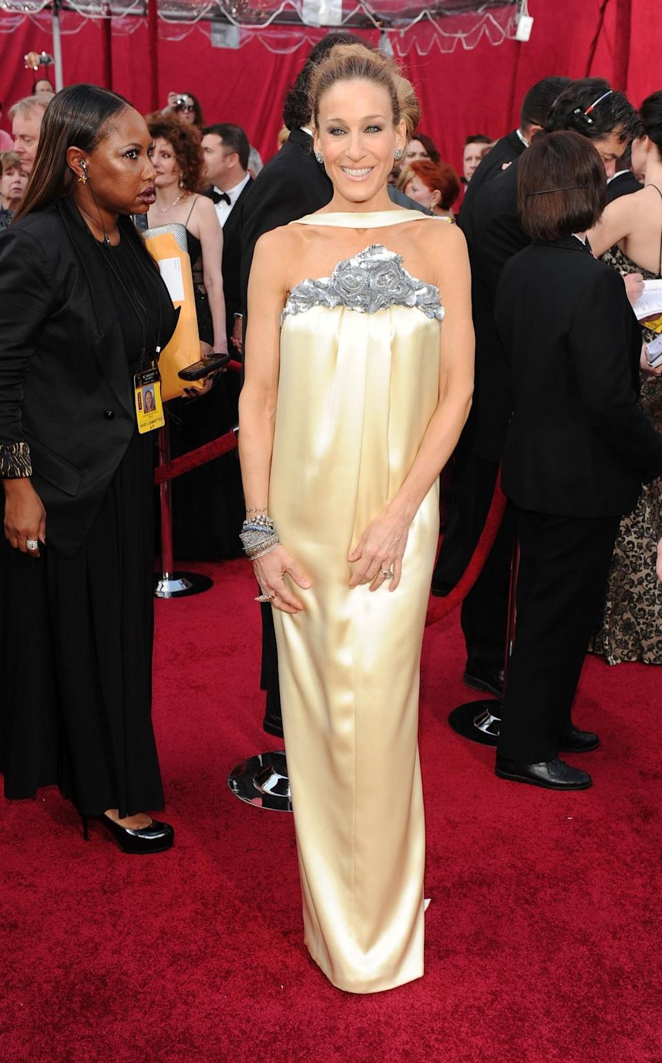<p>Jessica Parker's 2010 gown had her in a choke hold – both physically and stylistically it seems. <em>[Photo: Getty/Alberto E. Rodriguez]</em> </p>