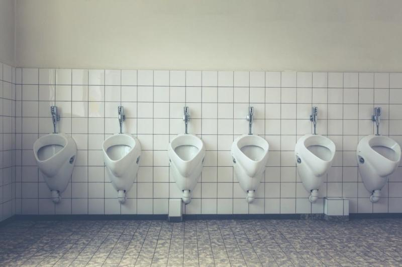 If it's brown flush it down, if it's yellow don't keep it mellow. Always check twice before leaving as an unflushed toilet will leave a stink in your wallet of at least S0 (US0). Photo: Markus Spiske