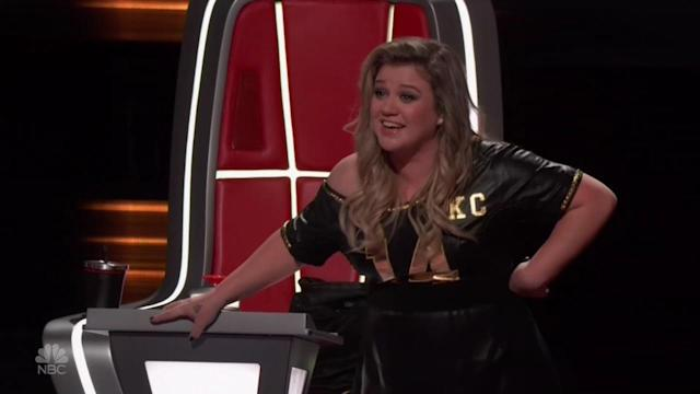 Kelly Clarkson is thrilled about her final team member.