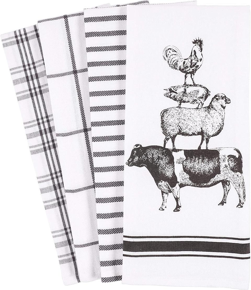 """These cotton dish towels will bring the farm animals inside. <a href=""""https://amzn.to/37iNEgN"""" target=""""_blank"""" rel=""""noopener noreferrer"""">Find the set for $13 at Amazon</a>."""