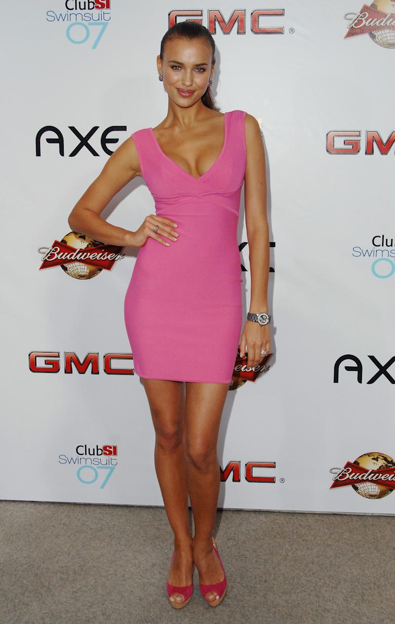 In 2007, Shayk went for head-to-toe Barbie pink at a Los Angeles Sports Illustrated event.