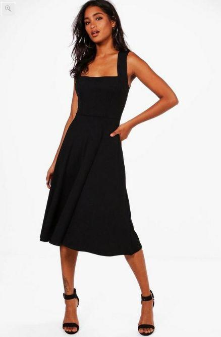 """<strong><a href=""""https://fave.co/2XRMgcQ"""" target=""""_blank"""" rel=""""noopener noreferrer"""">Find it in 11 colors for $44 (on sale for $22 today) at Boohoo.</a></strong>"""