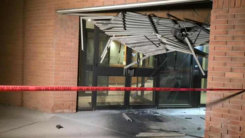 Saskatoon police want public 'to be aware but not afraid' after courthouse bombing